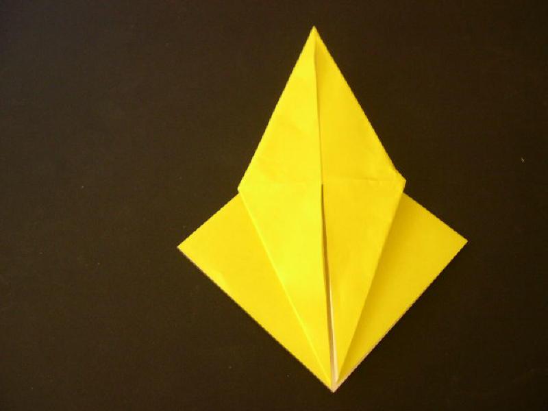 Origami  Bird  - Origami Robin - Step 9